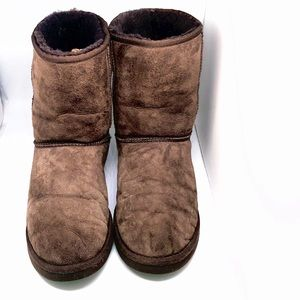 UGG WOMEN'S BOOTS CLASIC MID SIZE 10